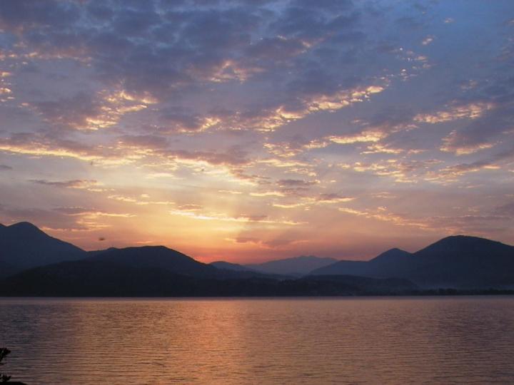 Fotogallery Alessandro Piffero Albe sul Lago Maggiore
